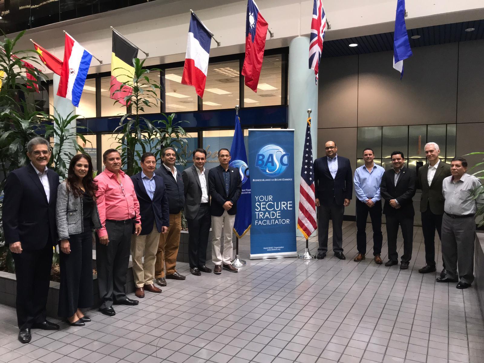 Presidentes de Juntas directivas de BASC Colombia, miembros de la Junta directiva y funcionarios de WBO.